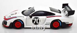 1/18 Scale Minichamps 2018 Porsche 911 GT2 RS 935 Martini Livery Dealer Edition