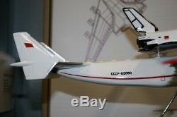 1200 Scale Antonov AN-225 CCCP-82060 Buran Space Shuttle Die-Cast Model Plane
