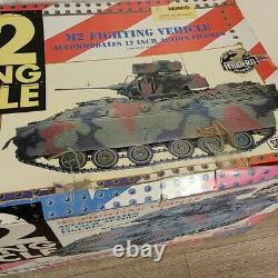 21st Century Toy Ultimate Soldier M2 BRADLEY FIGHTING VEHICLE1/6 Scale 12 HUGE