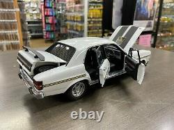 37939 Ford Xy Falcon Phase III Gt-ho Ultra White 118 Scale Model Car