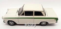 Autoart 1/18 Scale 75331 Lotus Cortina Mk1 White / Green