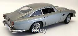 Autoart 1/18 Scale Model Car 70020 Aston Martin DB5 James Bond Goldfinger 007
