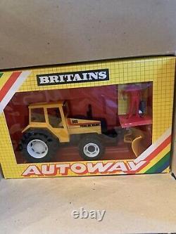 Britains Farm 1.32 Scale Autoway 9890 Valmet 805 Tradebox Scarce Item
