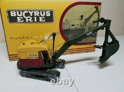 Bucyrus-Erie 22-B Cable Hoe with Metal Tracks EMD 150 Scale Model #T002 New