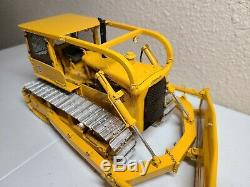 Caterpillar Cat D8H Dozer with Winch Sherwood Models 125 Scale 50 Made