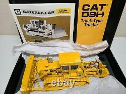 Caterpillar Cat D9H Dozer with Metal Tracks CCM 148 Scale Diecast Model