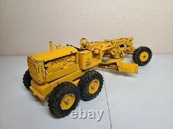 Caterpillar Cat No. 12 Motor Grader Reuhl 124 Scale Model 1950's Original