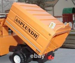 DG Productions Asplundh Tree Truck w Chipper Trailer 1/24 Scale 261-D