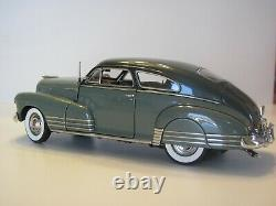 Danbury Mint 1948 Chevrolet Fleetline Aerosedan 124 Scale