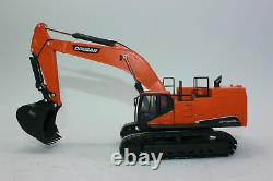 Doosan DX800LC Excavator 150 Scale Model New Bauma 2019