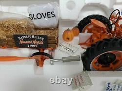 Farmall H Harvest Hollow Tractor Halloween Franklin Mint 112 Scale Model NIB