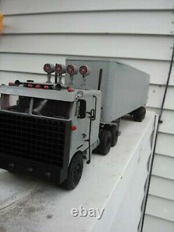 Goliath Semi Truck & Trailer from Knight Rider 125 Scale fully built