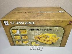International IH TD-25 Clearing Blade USFS Forestry First Gear 125 Scale New