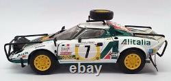 Kyosho 1/18 Scale 08135B Lancia Stratos #7 Rally Safari 1977