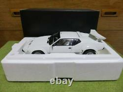 RARE KYOSHO De Tomaso Pantera GT5 White 1/18 scale Diecast Model Car KS08854W