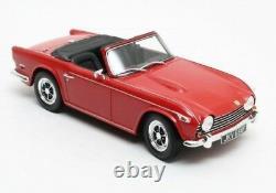 Triumph TR5 p. I. Red'67-'68 118 Cult Scale Models